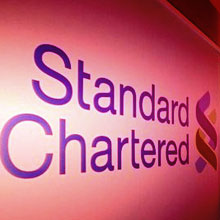 President Ma praises development efforts of Standard Chartered