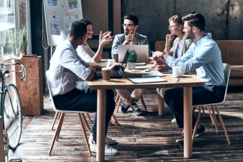 Making Meetings Great Again: Bringing a Business Mindset to Political Meetings