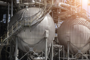 6 LNG Investments to Tap Into