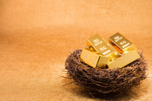 With a Market Meltdown Imminent, It's Time to Buy Gold