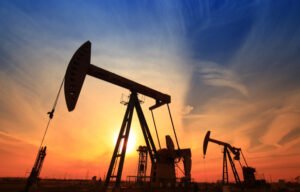 How to Invest in Crude Oil Like an Expert