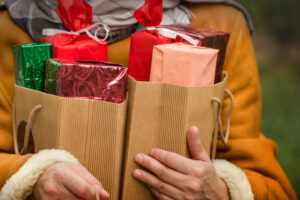 Three Holiday Shopping Tips for Financial Freedom