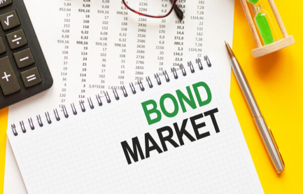 How Does the Bond Market Work?