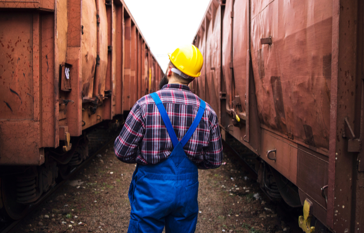 inspecting the best railroad stocks and cargo