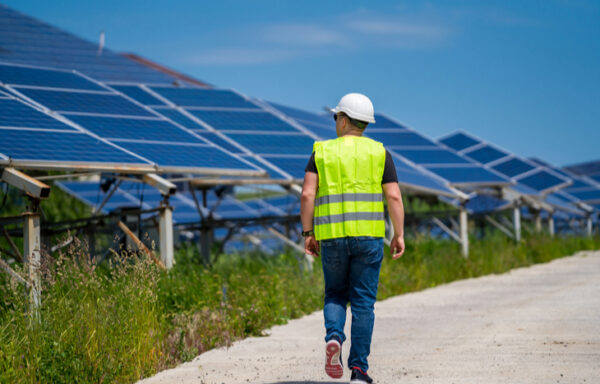 3 Best Solar Stocks for a Renewable Future